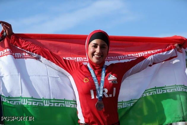 حاشیههای حضور دختر ایرانی در رقابتهای شنای لندن