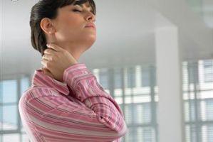 نرمش ها و حرکات مفید گردن درد