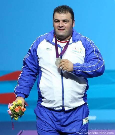 سجاد انوشیروانی ترک نقره ای  مدال نقره سجاد انوشیروانی در فوق سنگین وزنه برداری